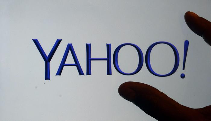 A person views the new Yahoo company logo on the Yahoo internet page in Los Angeles, California, USA, 04 September 2013. Yahoo introduced a new logo every day for the last 30 days until the new permanent logo was revealed at midnight Eastern Standard Time in the United States. ANSA/MICHAEL NELSON